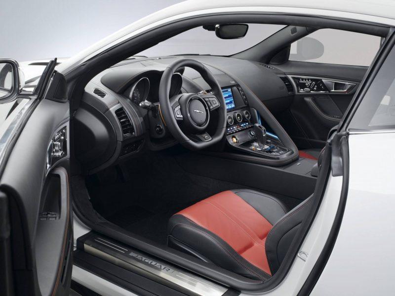 Jaguar Makes a WINNER!  2015 F-type Coupe INTERIOR10