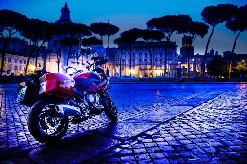 SET_3_LRPix5-BMW_S1000XR_set-ROMA CLASSICA-2