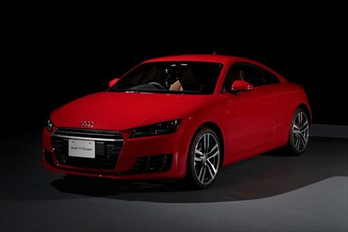 """新型 Audi TT Coupe / Roadster 及び Audi TTSを発売―アウディの""""プログレッシブ""""アイコンが9年ぶりにモデルチェンジー"""