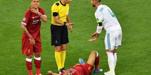 Mohamed Salah Puasa Bicara Soal Kelakuan Minus Sergio Ramos