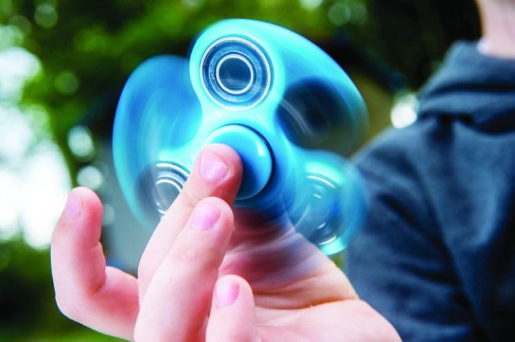 FUNGSI fidget spinner