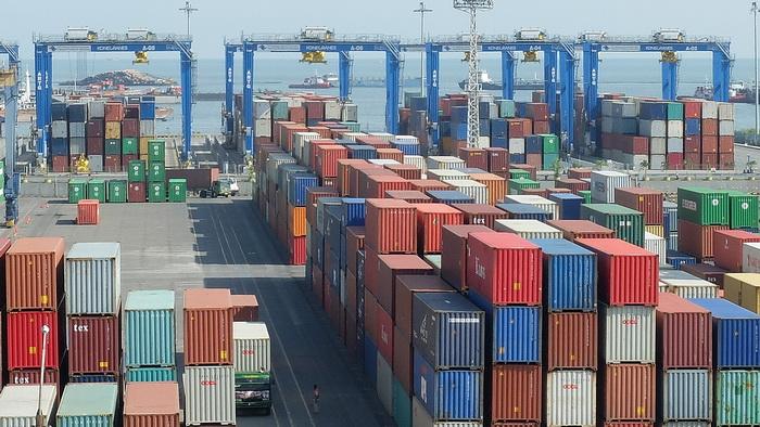 Container Surabaya 081252801820
