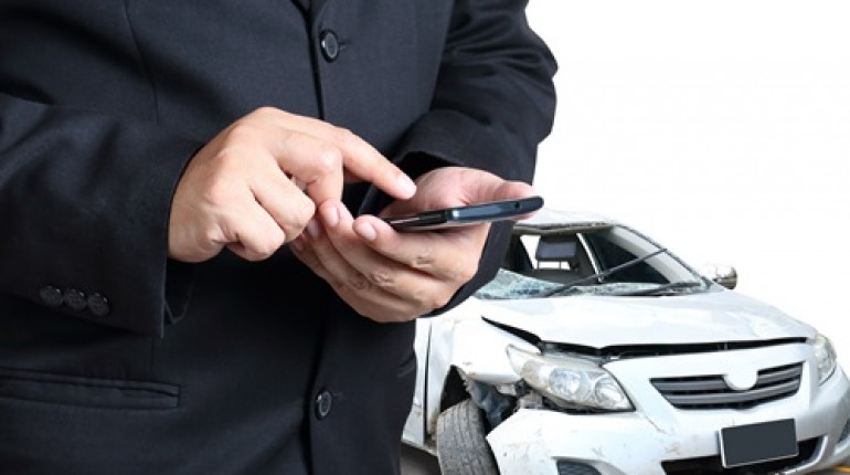 foto mobil Klaim Asuransi Mobil