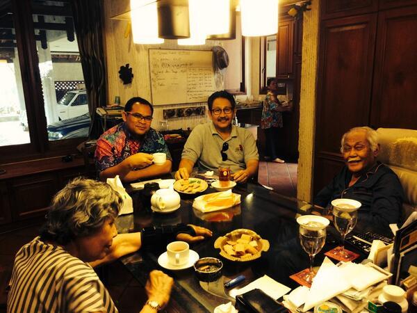 Bob Sadino keluarga