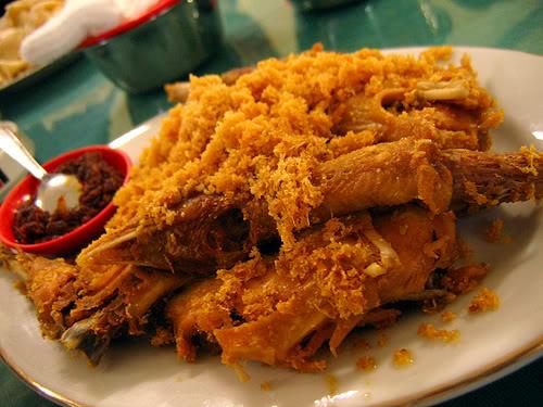 Kuliner Ayam Goreng Ny Suharti