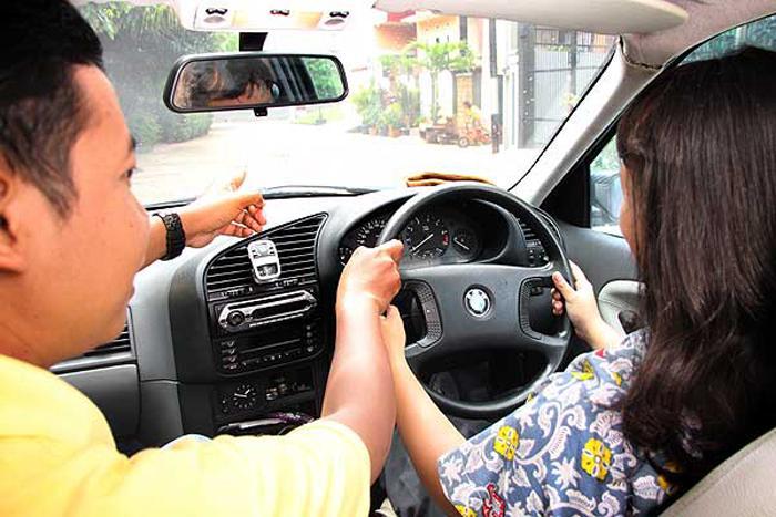 Kursus mengemudi
