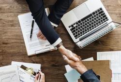 6 Cara Membuktikan Kesuksesan Bisnis Kepada Orang Lain