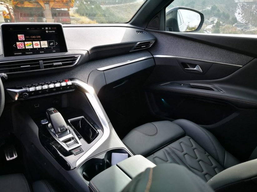Detalle interior Peugeot 3008