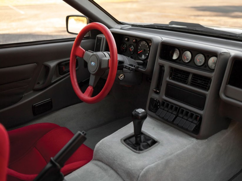 Vista Interior Ford RS 200