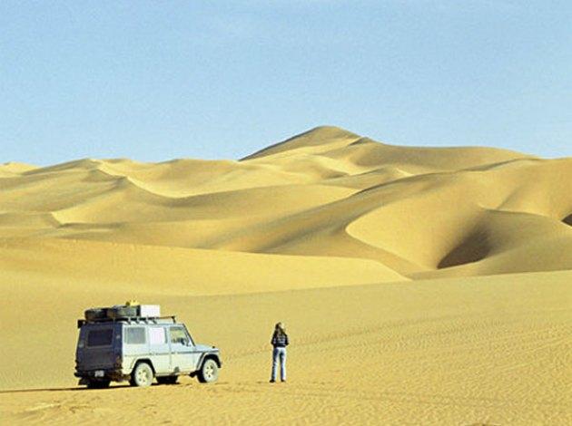 140897 23 anos em uma viagem ao redor do mundo; Conheça a história de Gunther Holtorf e seu Mercedes G Wagen