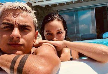Oriana Sabatini y Paulo Dybala en Grecia