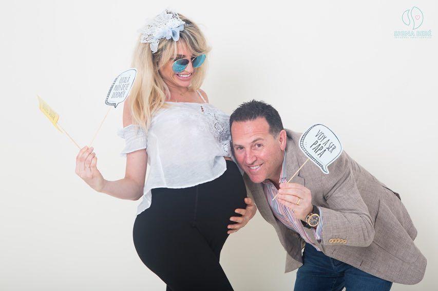 Vicky Xipolitakis dejó unos sugestivos mensajes antes de llamar al 911 por su marido