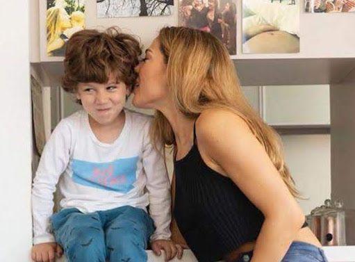 Siente celos: Momo no quiere que Mauro Caiazza bese a Jimena Barón