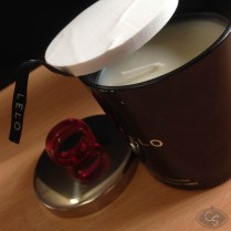 LELO_Massage_Candle-14