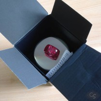 LELO_Massage_Candle-8