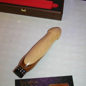holzdildos-wooden-dildos-3
