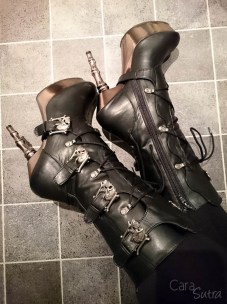 demonia muerto boots cara sutra wearing review 800-5