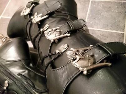 demonia muerto boots cara sutra wearing review 800-6