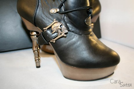 demonia muerto boots review Cara Sutra 800-24