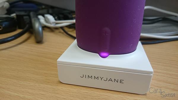 Jimmyjane FORM 5 vibrator - cara sutra review-27