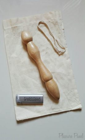 FreudeAnHolz Aquila Birch Wooden Dildo Review Cara Sutra Pleasure Panel-1