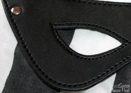 Leg Avenue Kink Faux Leather Studded Eye Mask Review