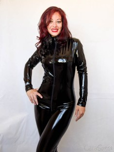 Vawn and Boon PVC Catsuit Review Cara Sutra-2