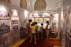 Caravana la Muzeul Sutu-127
