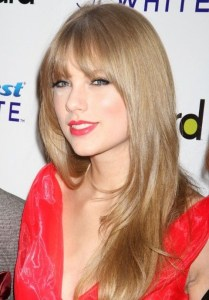 """I don't use any hair products, except for shampoo. This is my favorite."" -Taylor Swift #Hair #hairstylist #hairloss #shampoo #conditioner #TaylorSwift"