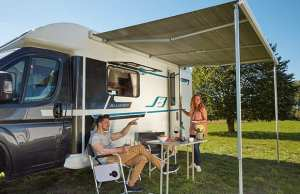 Fiamma F45S wind-out awning