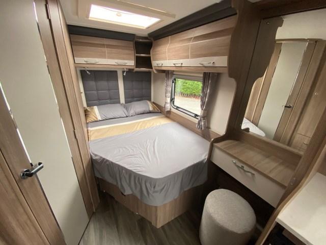 2022 Coachman VIP 540 Xtra