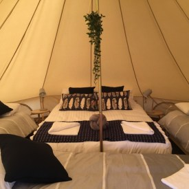 tfamily_glamping_tent
