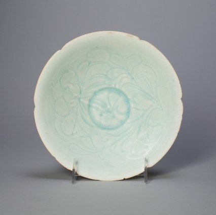 Foliate bowl with stylized peony spray. China, Northern Song dynasty, 12th century. Porcelain with underglaze carved decoration. Art Institute of Chicago, Chicago, IL, bequest of Russell Tyson, 1964.847