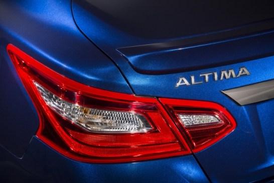 Nissan_Altima_11s