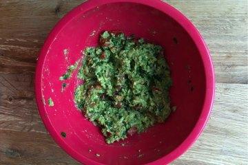 breakfast-guacamole