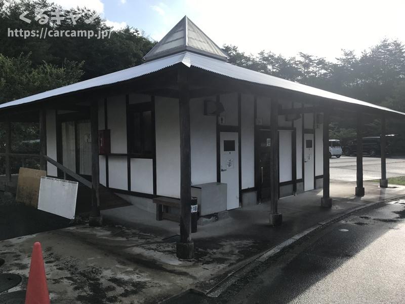 香六ダム公園キャンプ場 トイレ