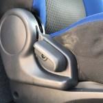 運転席シート清掃前 車内嘔吐処理クリーニング 車ルーム・シートクリーニング滋賀