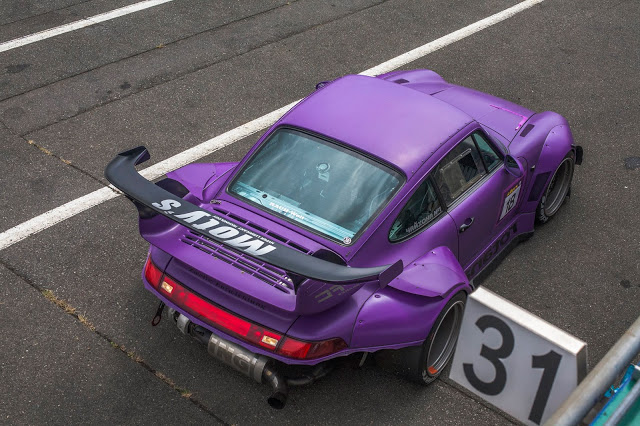 "A RWB Porsche 993 in purple nicknamed ""Rotana"" from above. One of Akira Nakai's personal cars."