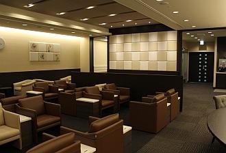 中部国際空港の空港ラウンジ「第2プレミアムラウンジセントレア」(旅客ターミナルビル3階)