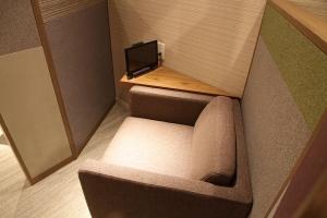 広島空港 ビジネスラウンジもみじ テレビブース