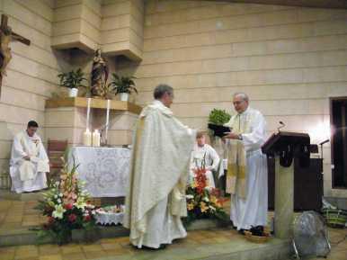 Primera missa Fra Pere Cala Millor 6-10-2013 043