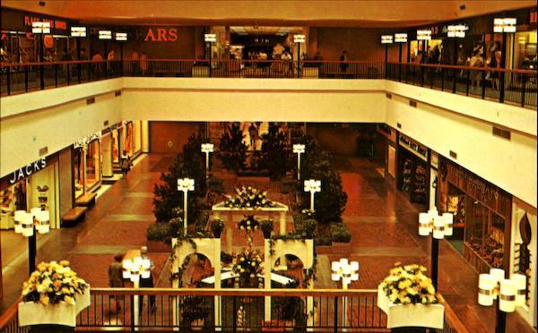 Midland Mall Warwick