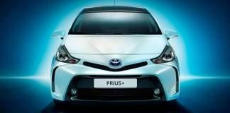 Toyota_Prius_plus-2015