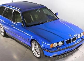 BMW M5 Touring Wagon 1995 года