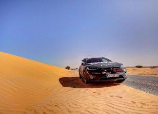 Tesla Model X в Сахаре