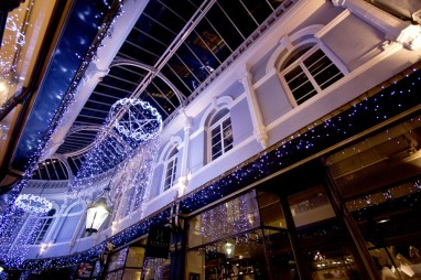 arcades-christmas-decs-013