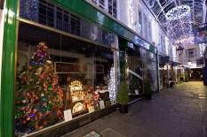 arcades-christmas-decs-020