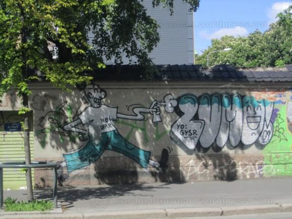 Grafitti near Vahl School (Vahl / Hersleb Skole)