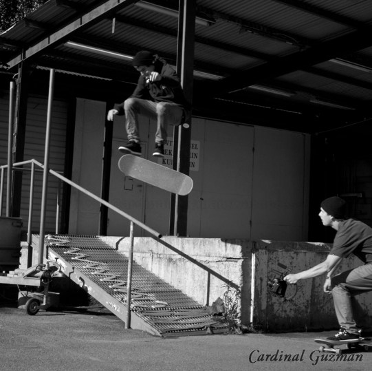 skateboarding_5915BW