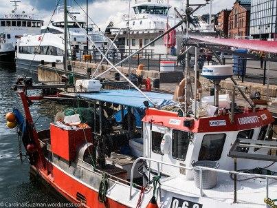 The fish boat at Rådhuskaia.